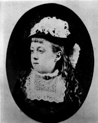 image of Edith Annie Howes as a girl