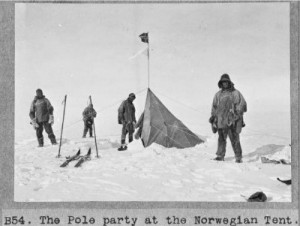 "Members of the British Antarctic (""Terra Nova"") Expedition (1910-1913), photographed by Henry Robertson Bowers. Photograph from the Alexander Turnbull Library. Reference no: PA1-f-066-11-4"