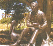 Statue of COLIN THIELE, AC. WRITER 16.11.1920 – 4.9.2006